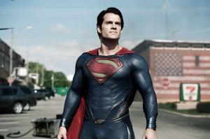 """Henry Cavill ist endlich ein Superman mit ausreichend Muskeln für die Rolle (""""Man of Steel"""", Warner Bros. Pictures and Legendary Pictures, Warner Bros. Pictures release.)"""