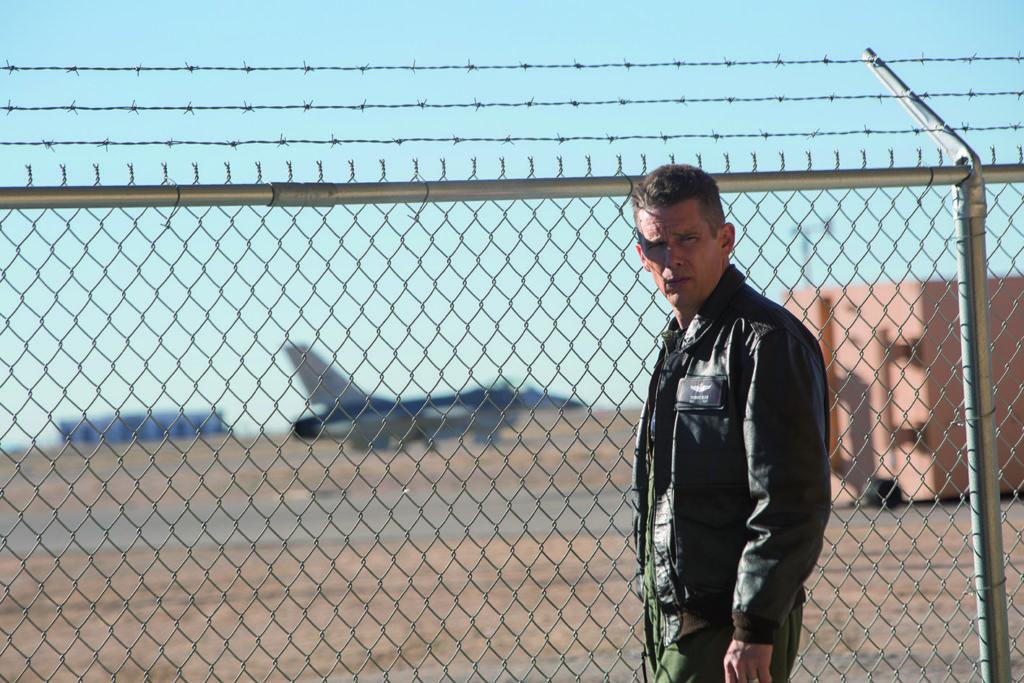 Wollte eigentlich wirklich fliegen (Ethan Hawke, Foto: Ascot Elite)
