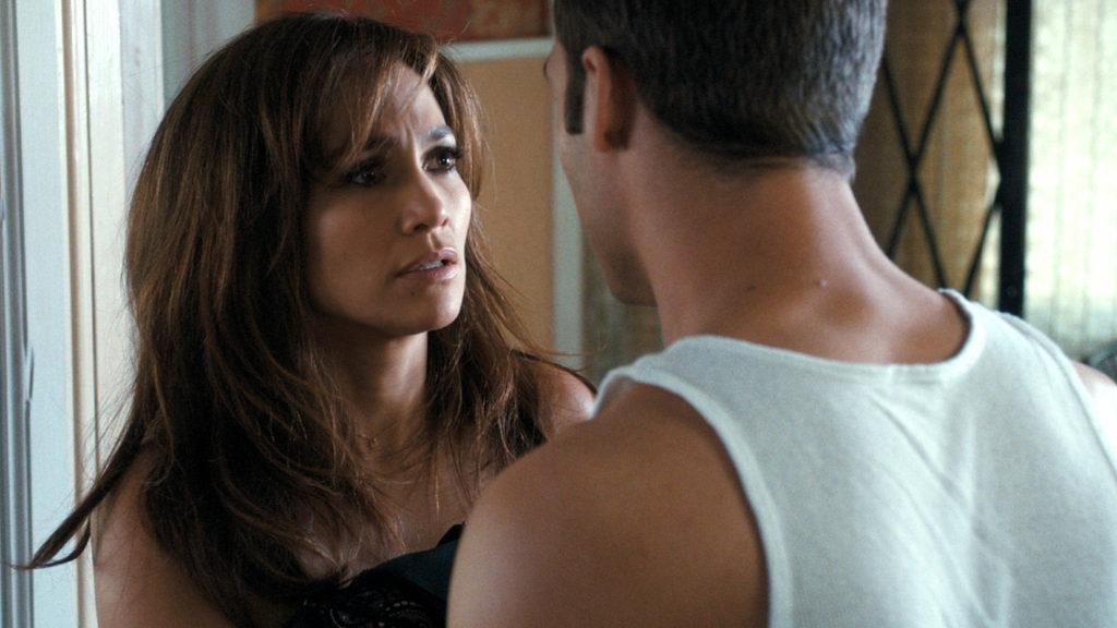 """Kein gutes Händchen mit Männern (Jennifer Lopez und Ryan Guzman in """"The Boy Next Door"""", Foto: Universal Pictures)"""