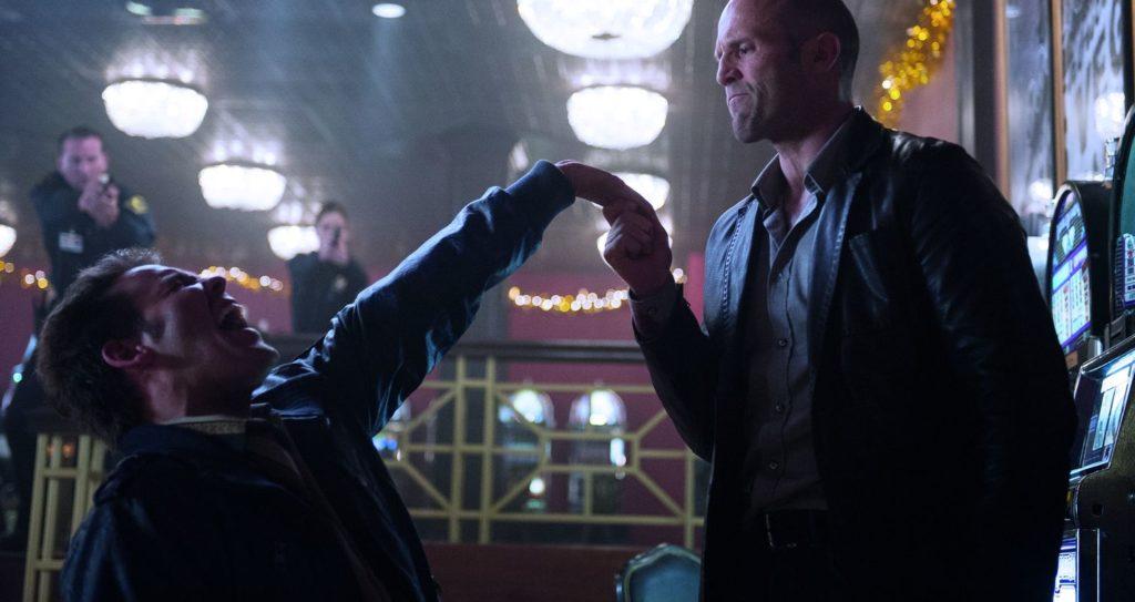 Jason Statham (rechts) bittet zum Kampf (Foto: Universum)