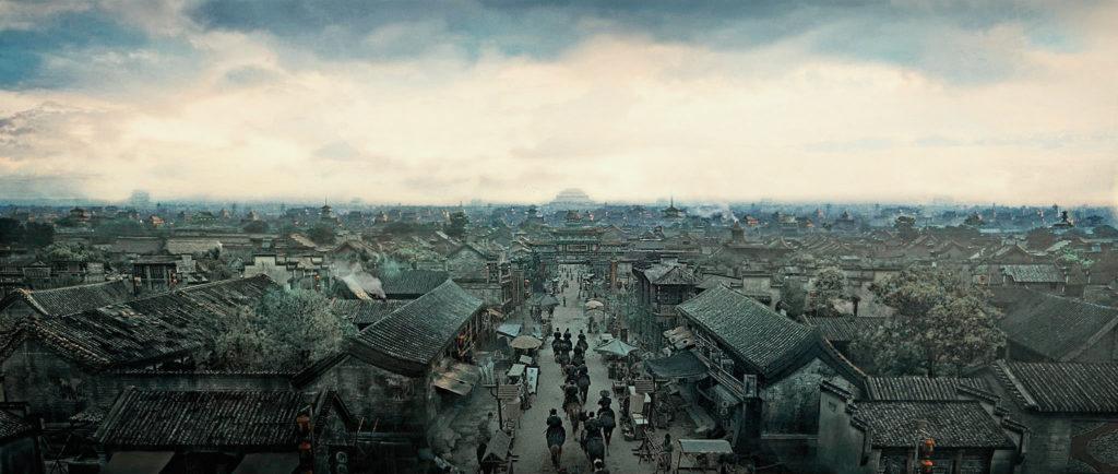 """Aufgepasst: China im 17. Jahrhundert erlaubte nur grün-schwarze Häuserfassaden (""""Brotherhood of Blades"""", Foto: Pandastorm Pictures)"""