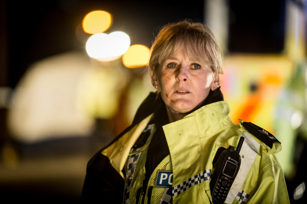 "Eine Polizistin unter Druck: Catherine Cawood (Sarah Lancashire in ""Happy Valley"", Foto: Polyband/BBC Germany)"