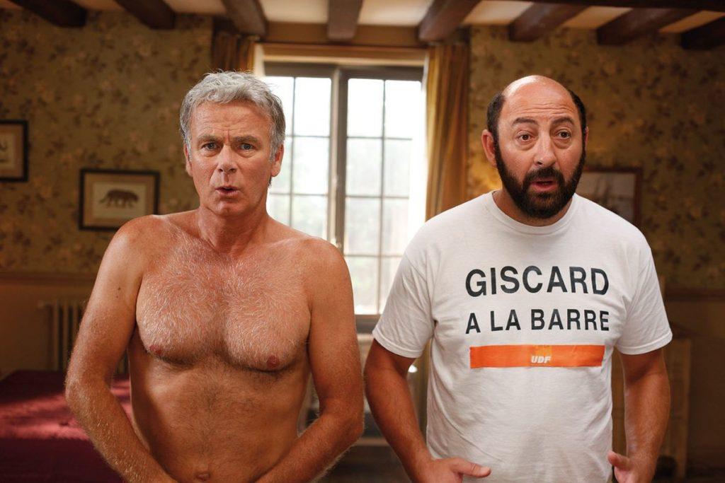 """Eric und Patrice sind plötzlich wieder jung, die Zuschauer bekommen aber größtenteils nur ihre alten Alter Egos zu sehen (Franck Dubosc und Kad Merad in """"Plötzlich wieder jung"""", Foto: Ascot Elite Home Entertainment)"""