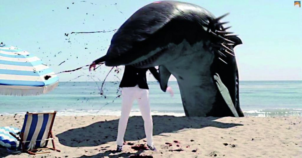 """Die Rolle des Conan O'Brien hätte er nochmal einüben sollen (Conan O'Brien in """"Sharktopus vs. Pteracuda"""", Foto: Edel Germany)"""