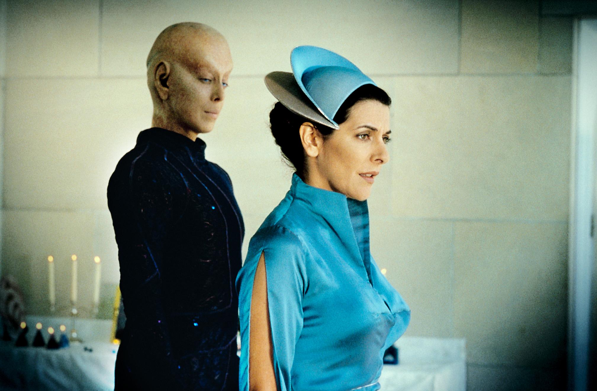 """Besuch aus einer anderen Roddenberry-Serie: Marina Sirtis (""""Raumschiff Enterprise: Das nächste Jahrhundert"""") taucht als toughe Ordensschwester auf (Foto: Pandastorm Pictures)"""
