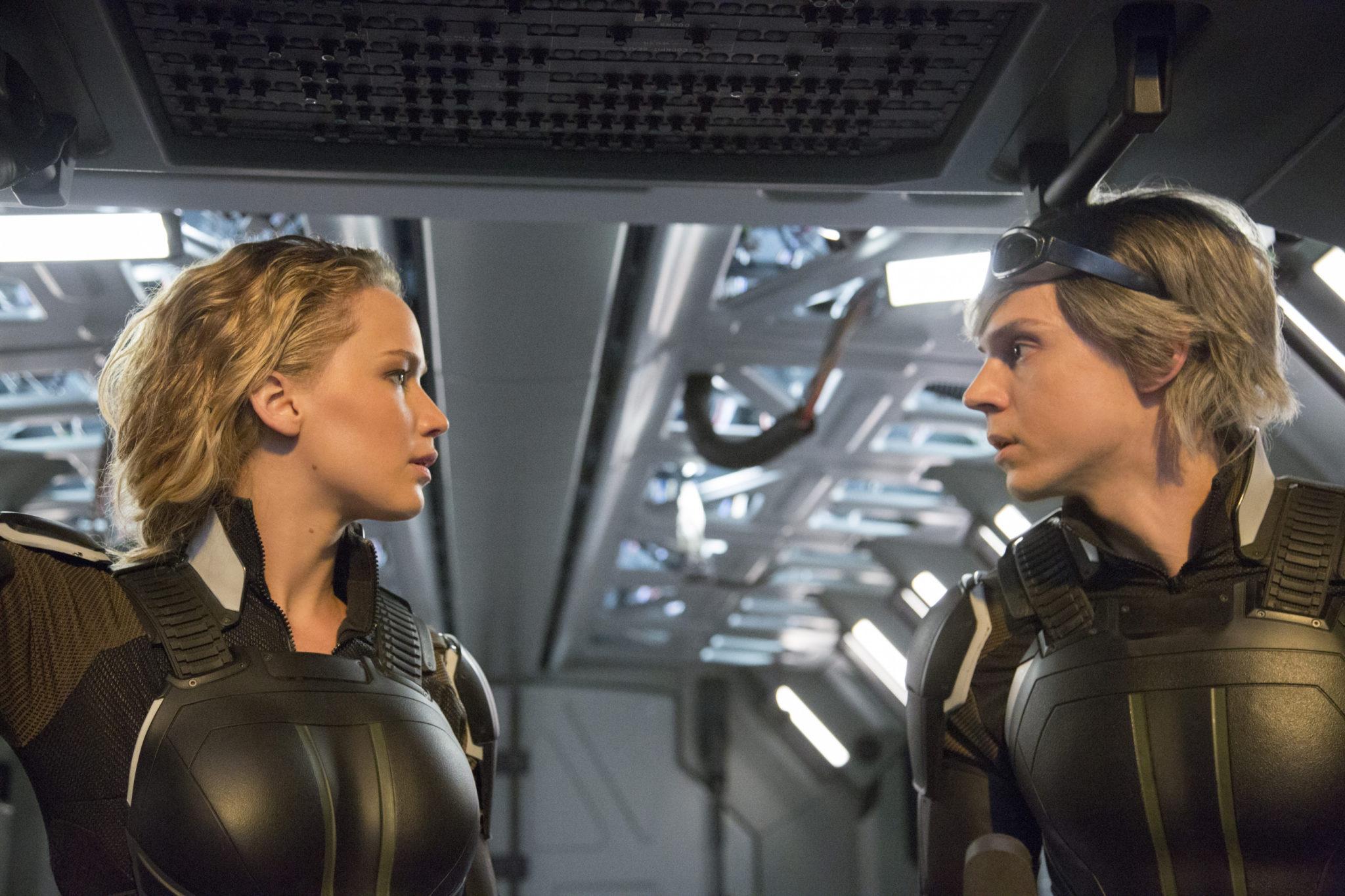 Mystique und Quicksilver haben beide Ihre Probleme mit Magneto (Jennifer Lawrence und Evan Peters, Foto: 20th Century Fox)