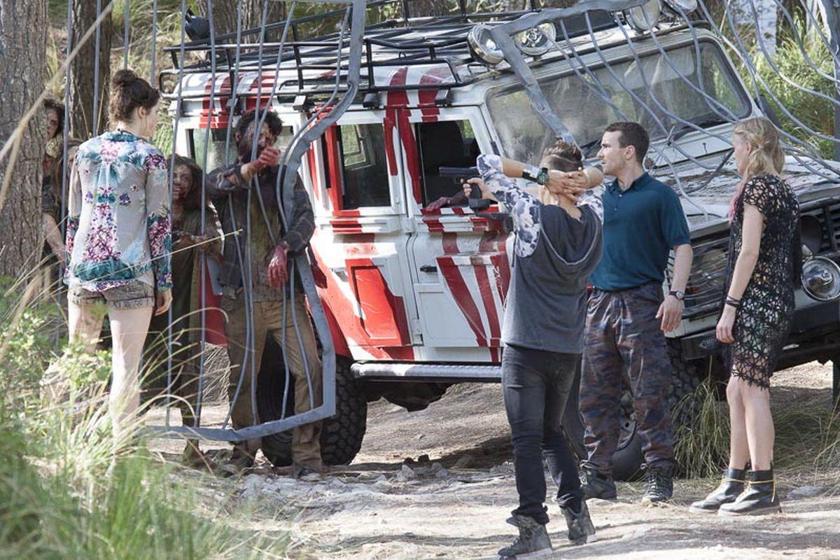 Zombie-Safari hautnah (Foto: Ascot Elite Home Entertainment)