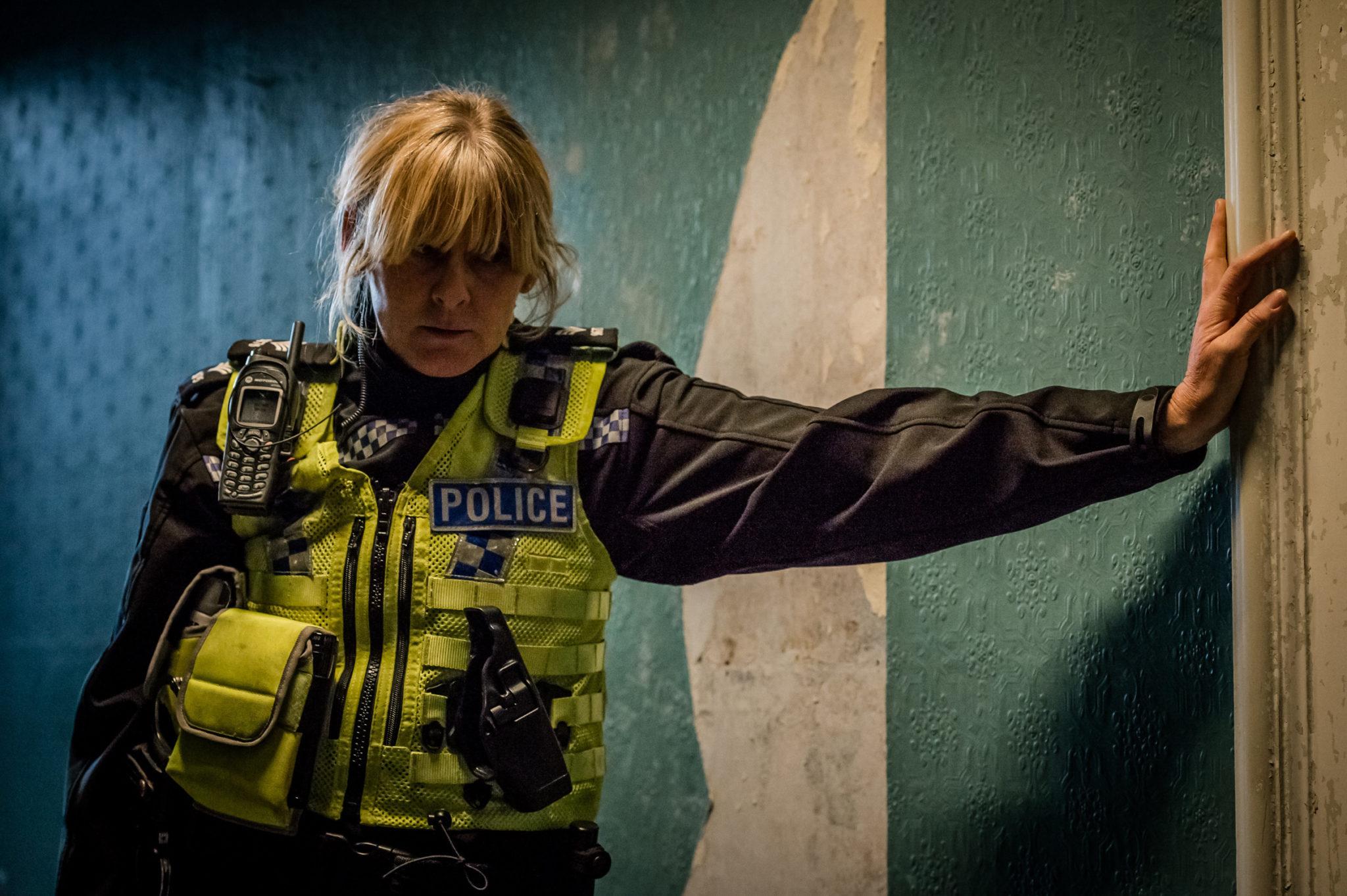 Catherine (Sarah Lancashire) ist an einem dunklen Ort angekommen (Foto: Polyband/BBC)